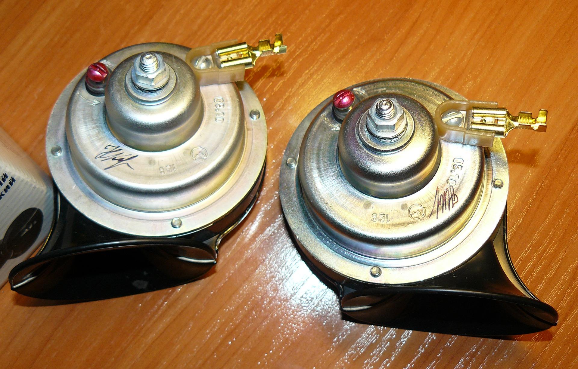 Схема сенсорного выключателя с фиксацией фото 362