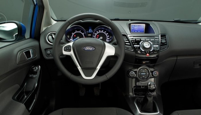 salon-Ford-Fiesta