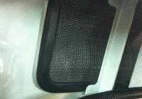 Ставим фильтр сетку воздуховода на Лада Веста