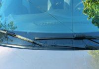 Замена щеток стеклоочистителей Лада Икс Рей – выбор и установка
