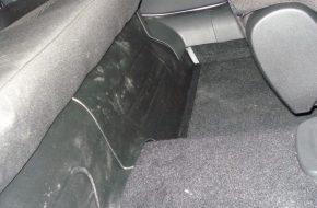 Накладки на ковролин заднего сиденья Лада Веста – выбор и установка