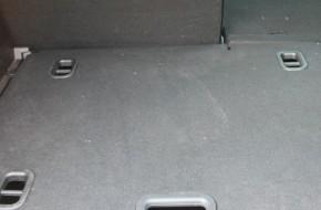 Сломанные защелки на крышках ниш в багажнике Лада Икс Рей – что делать?
