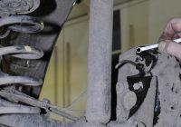 Самостоятельная замена тормозной жидкости в Лада Веста