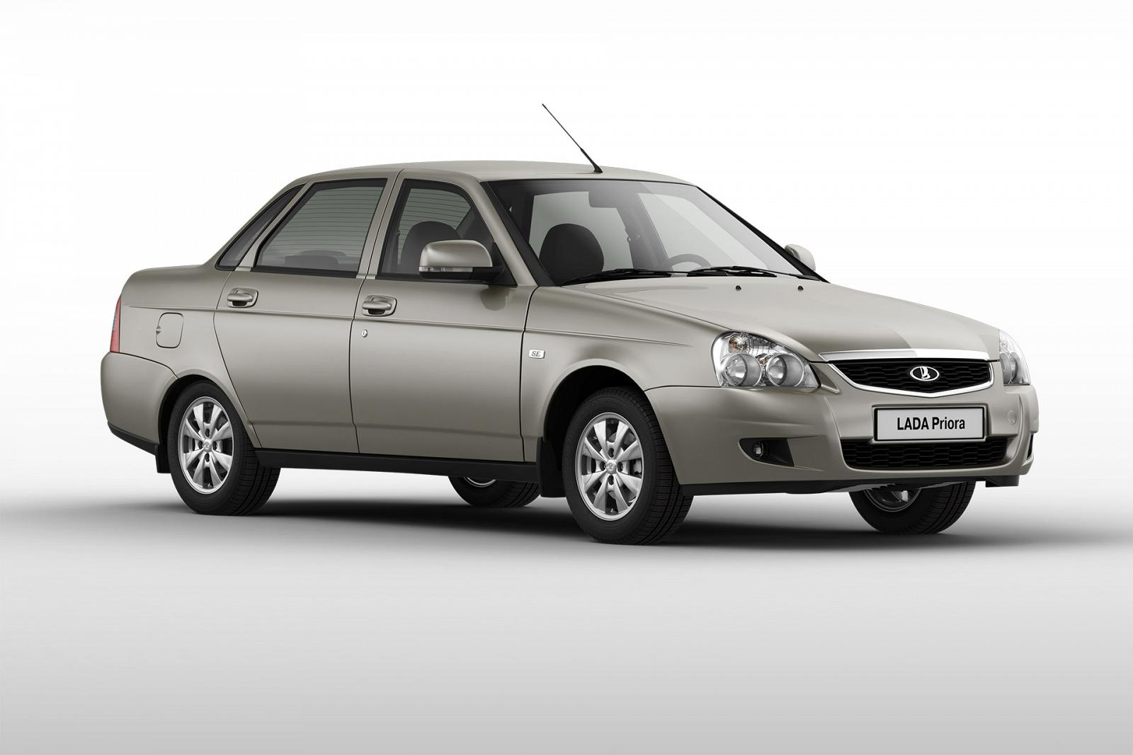 LADA_Priora_Sedan_9