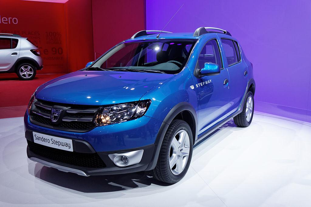 1024px-Dacia_-_Sandero_Stepway_-_Mondial_de_l'Automobile_de_Paris_2012_-_005
