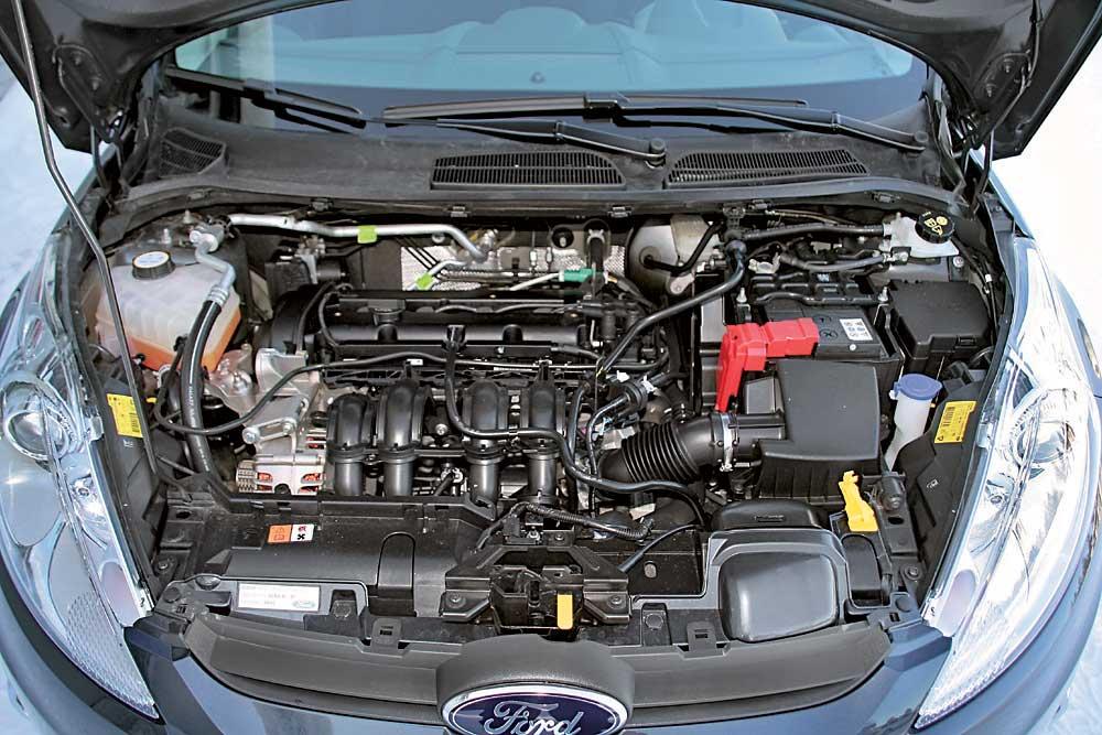 Fiesta_Mazda2-(4)